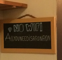 no-wifi-sign-at-ronronnerie-cats-bar